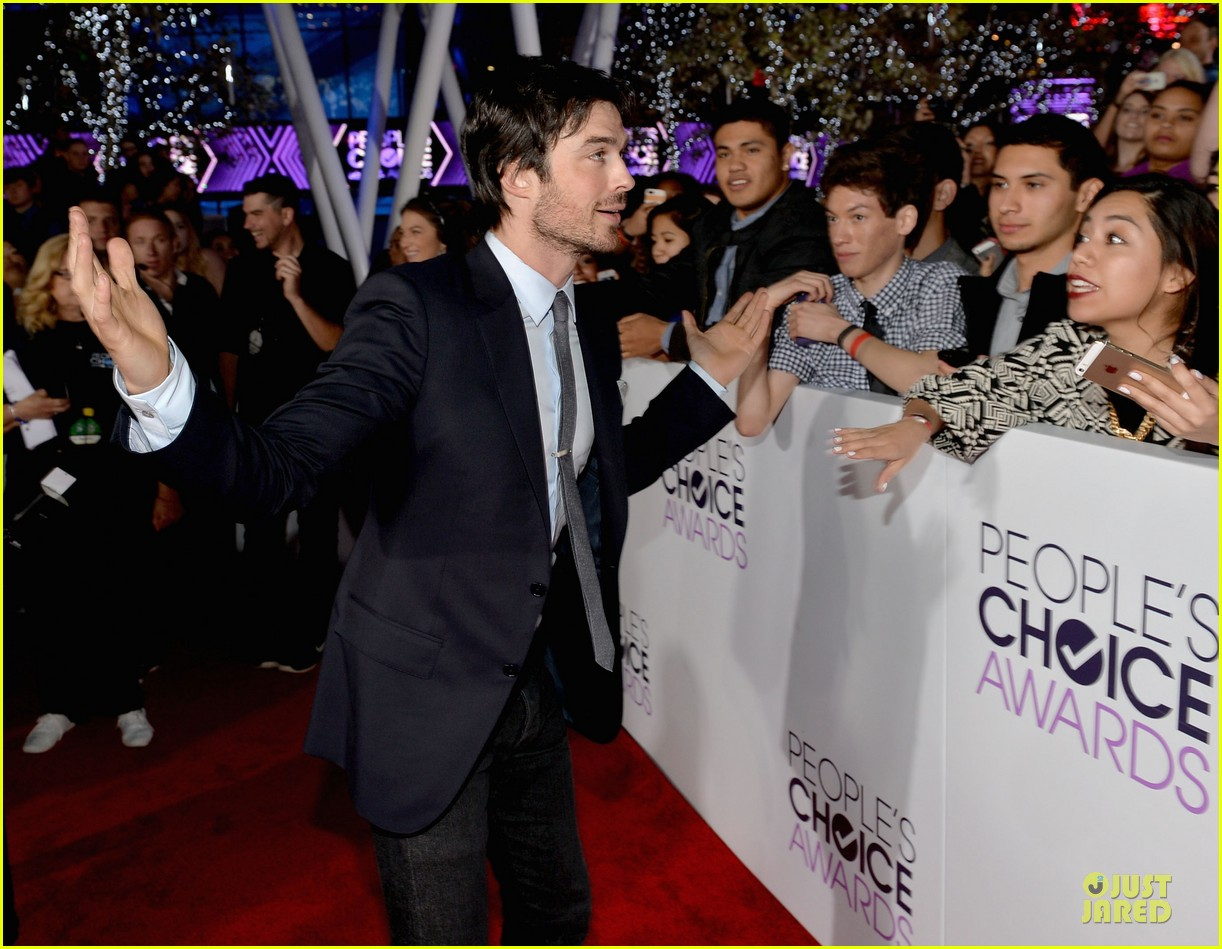 ian somerhalder peoples choice awards 2014 red carpet 053025612