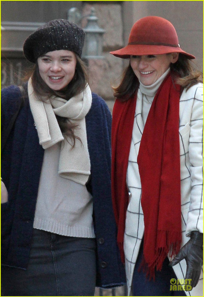 hailee steinfeld emily mortimer battle the cold for thousand saints 04