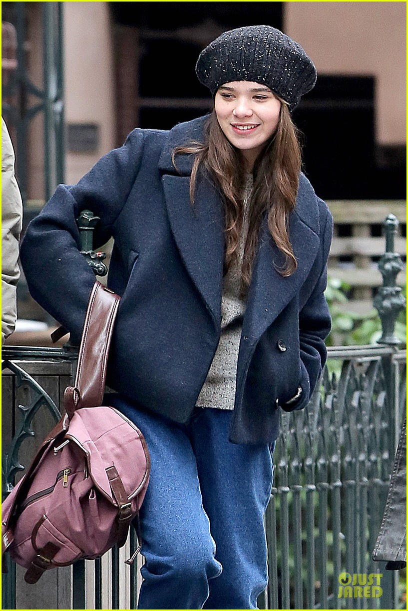 hailee steinfeld emile hirsch ten thousand saints set 02