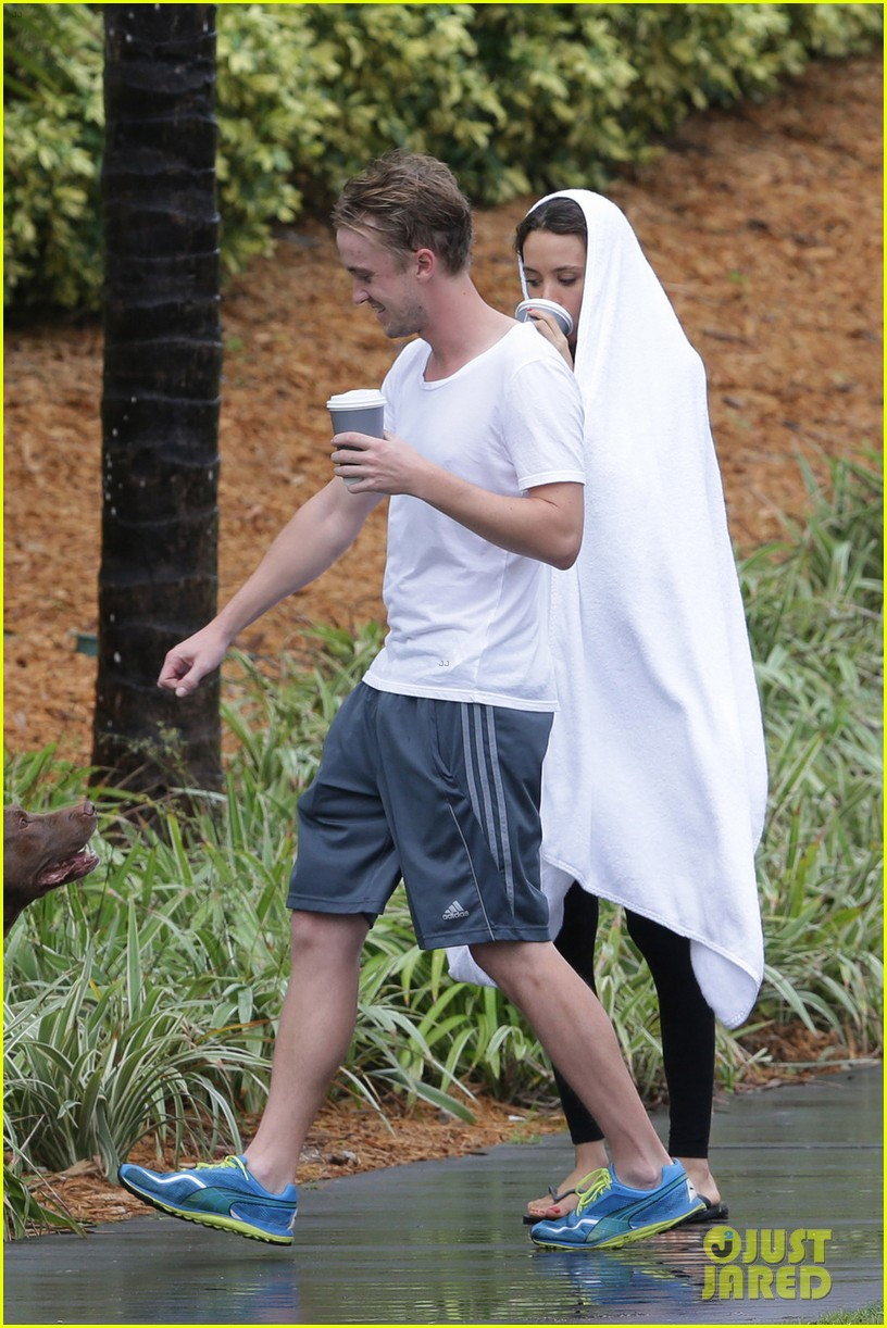 tom felton jade olivia rainy day dog walk 08