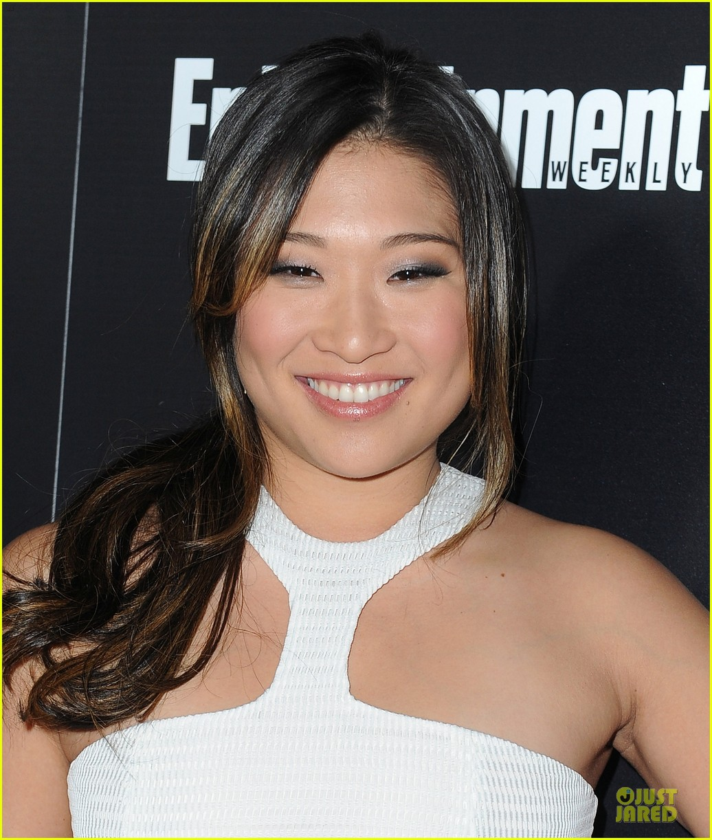 jenna ushkowitz alex newell ew sag nominees party 16
