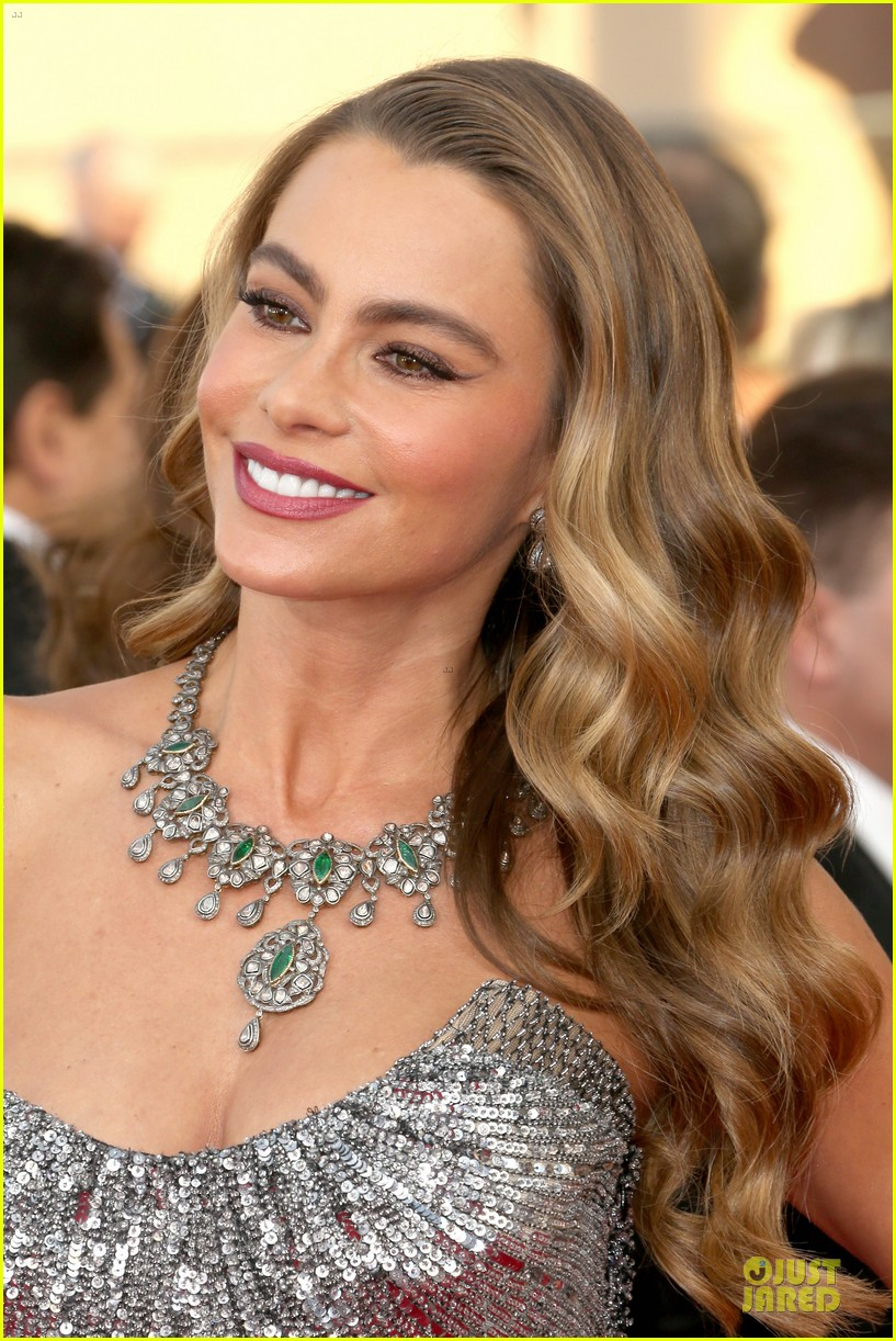 sofia vergara julie bowen sag awards 2014 red carpet 12