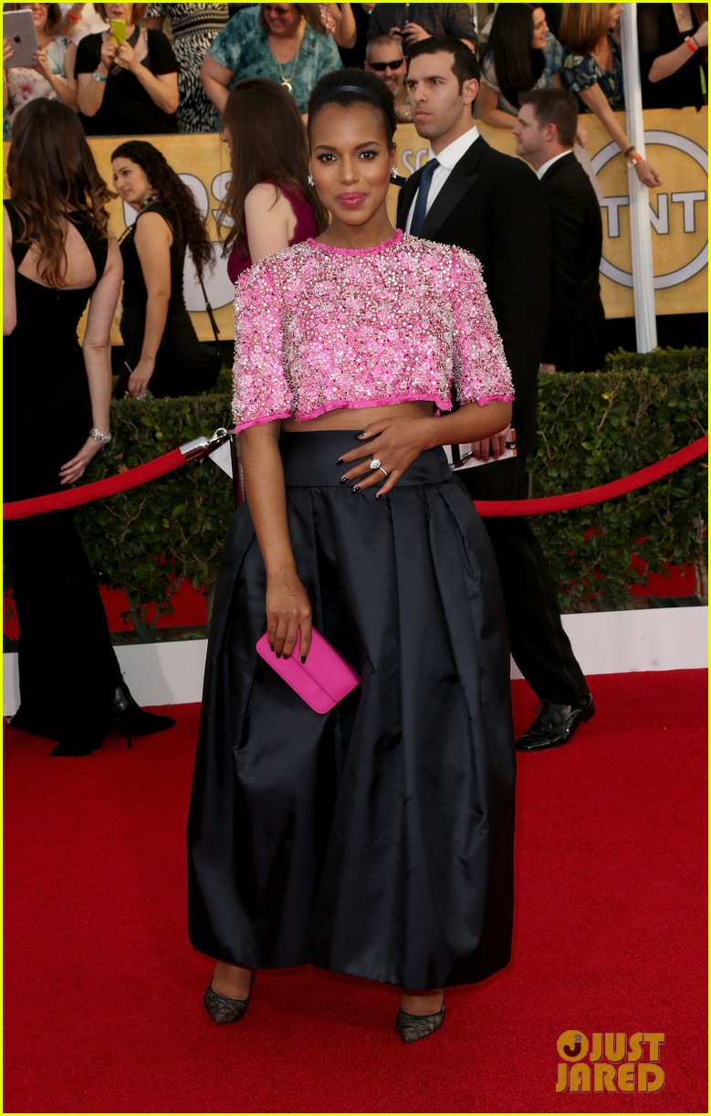 kerry washington bares baby bump at sag awards 2014 06