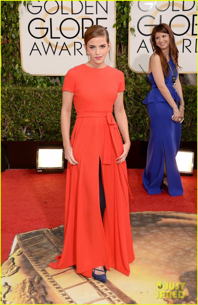 emma watson golden globes 2014 red carpet 013029217
