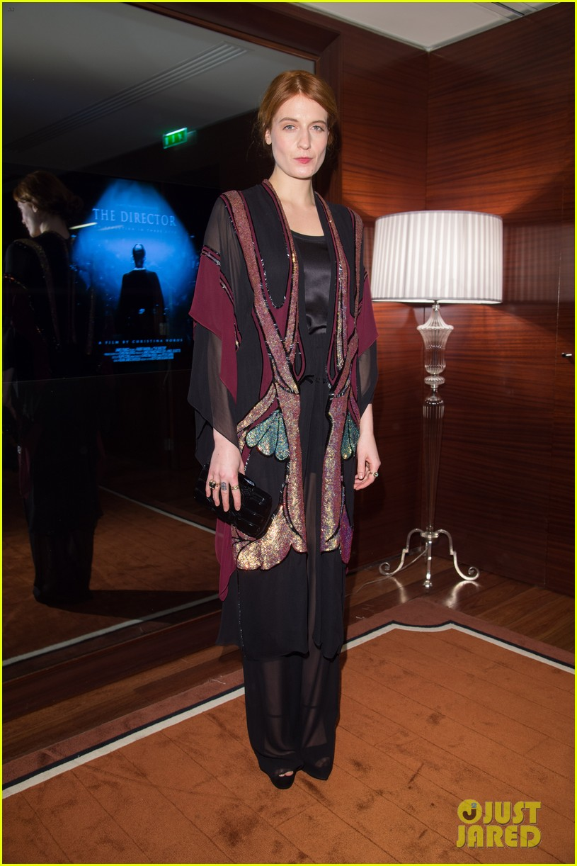 florence welch valentino fashion show in paris 05
