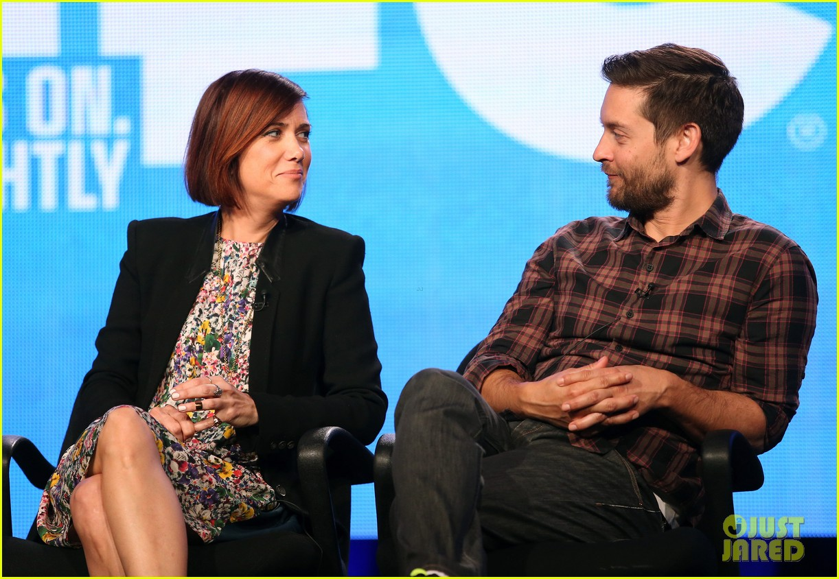 kristen wiig tobey maguire spoils of babylon tca panel 06