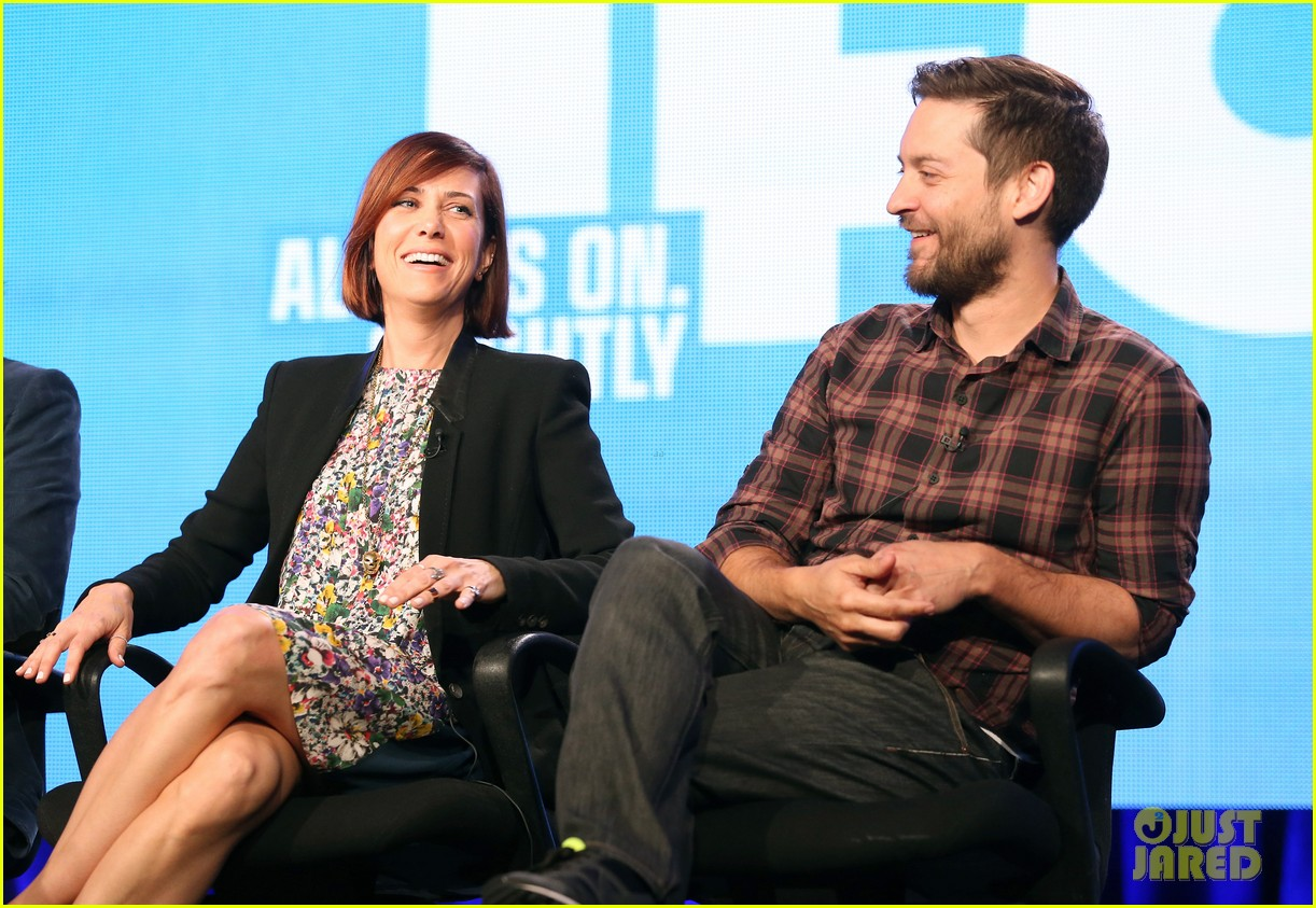 kristen wiig tobey maguire spoils of babylon tca panel 12