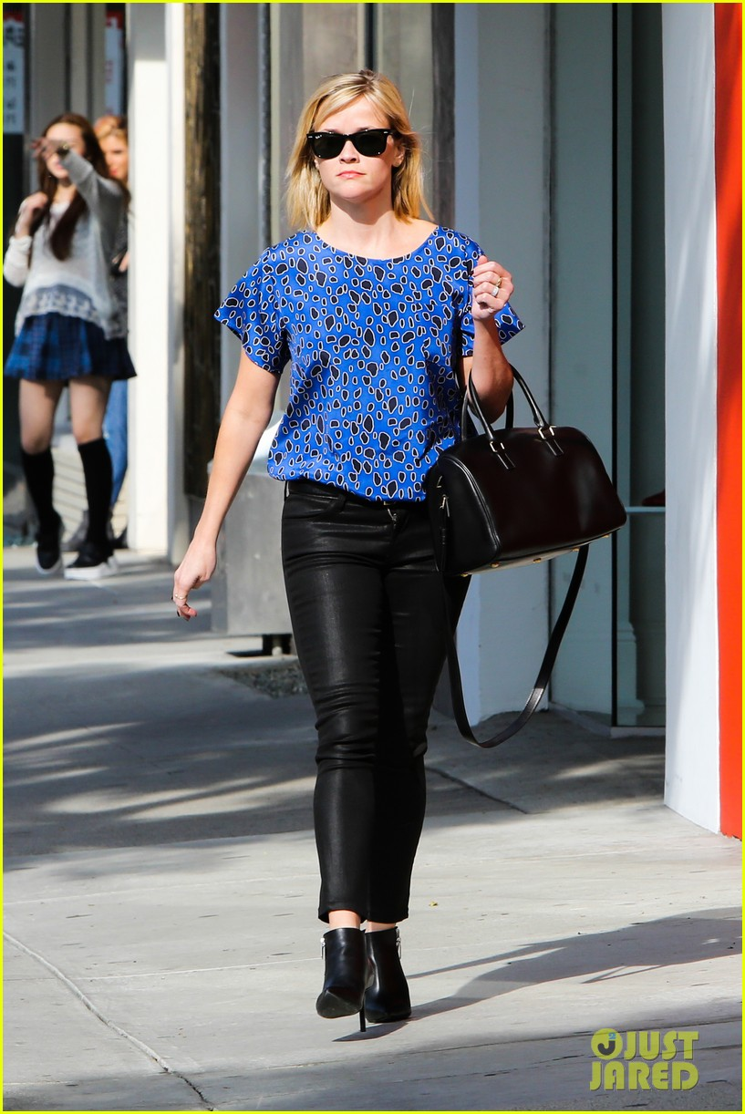 reese witherspoon keeps busy with shopping meetings 053038831