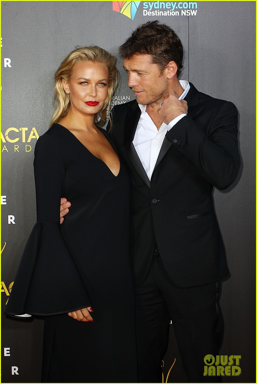 sam worthington lara bingle aacta awards ceremony 2014 12