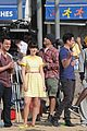 zooey deschanel new girl beach scenes with the cast 07