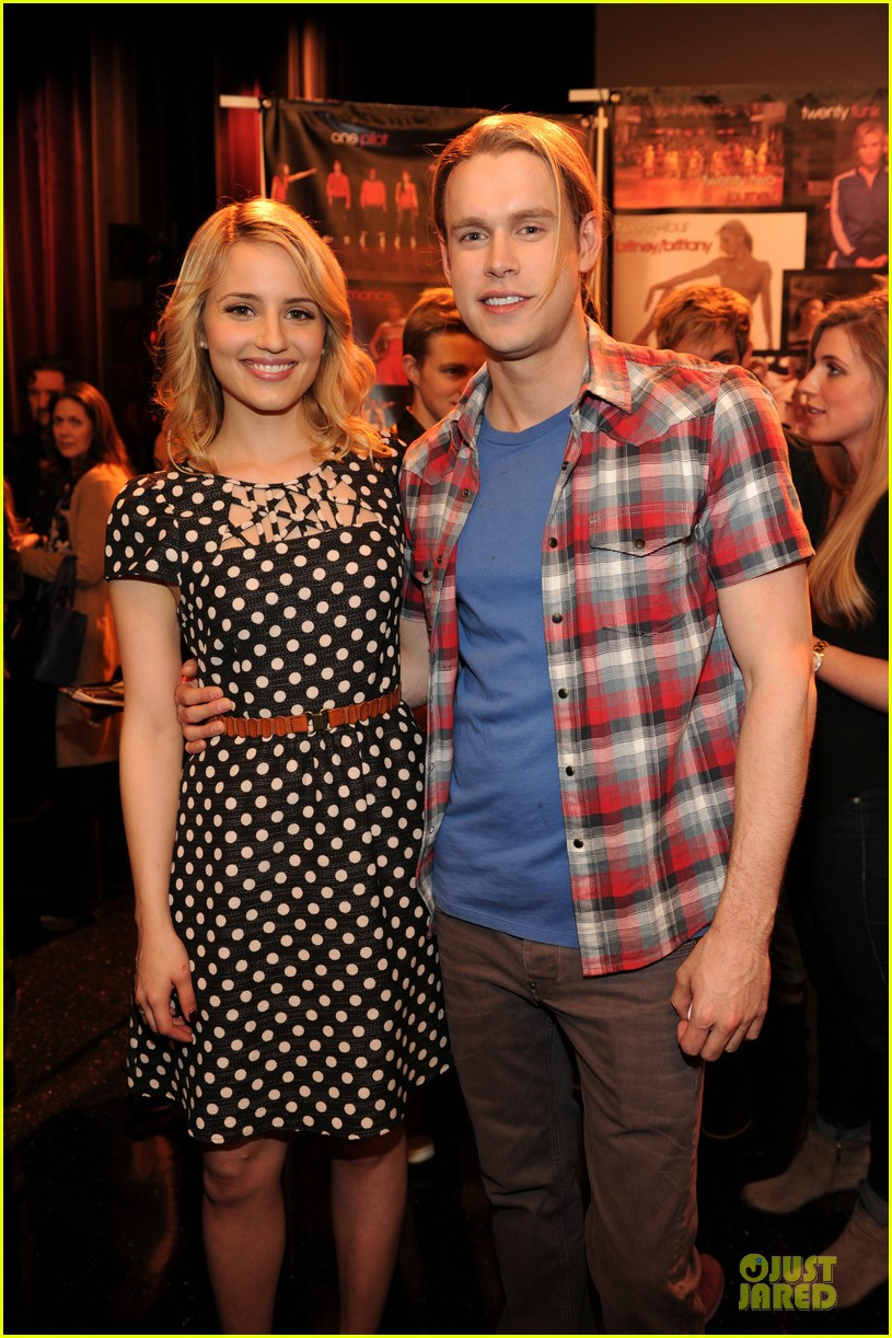 dianna agron chord overstreet glee 100th episode celebration 013060686