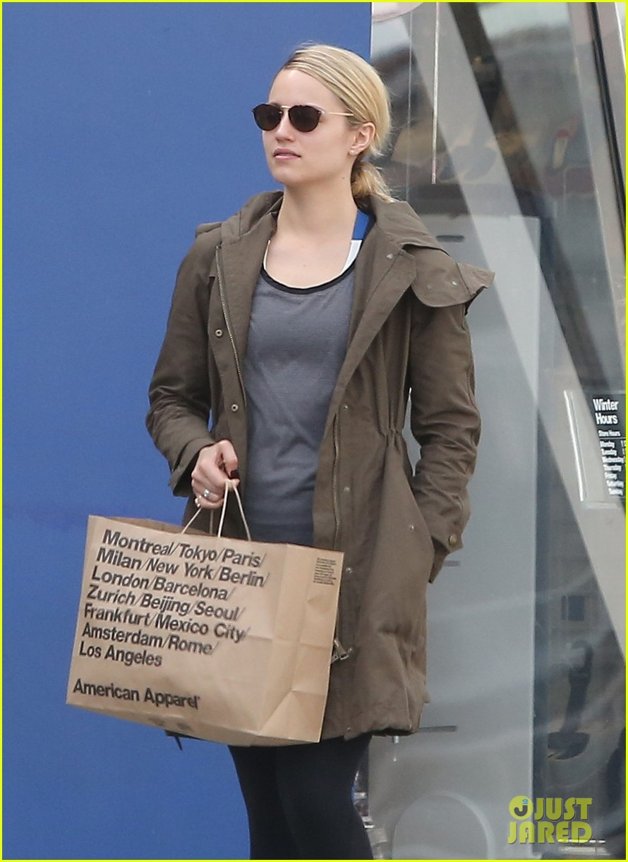 dianna agron gets her shop on at american apparel 04