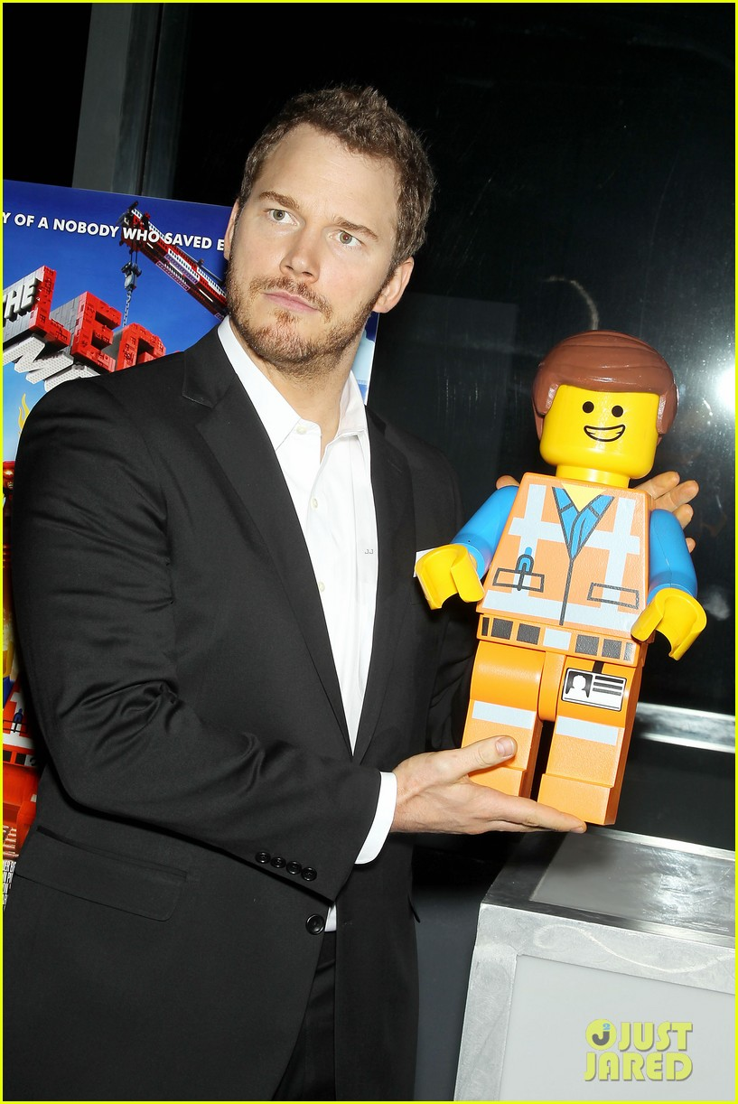 elizabeth banks chris pratt lego movie nyc screening 013048244