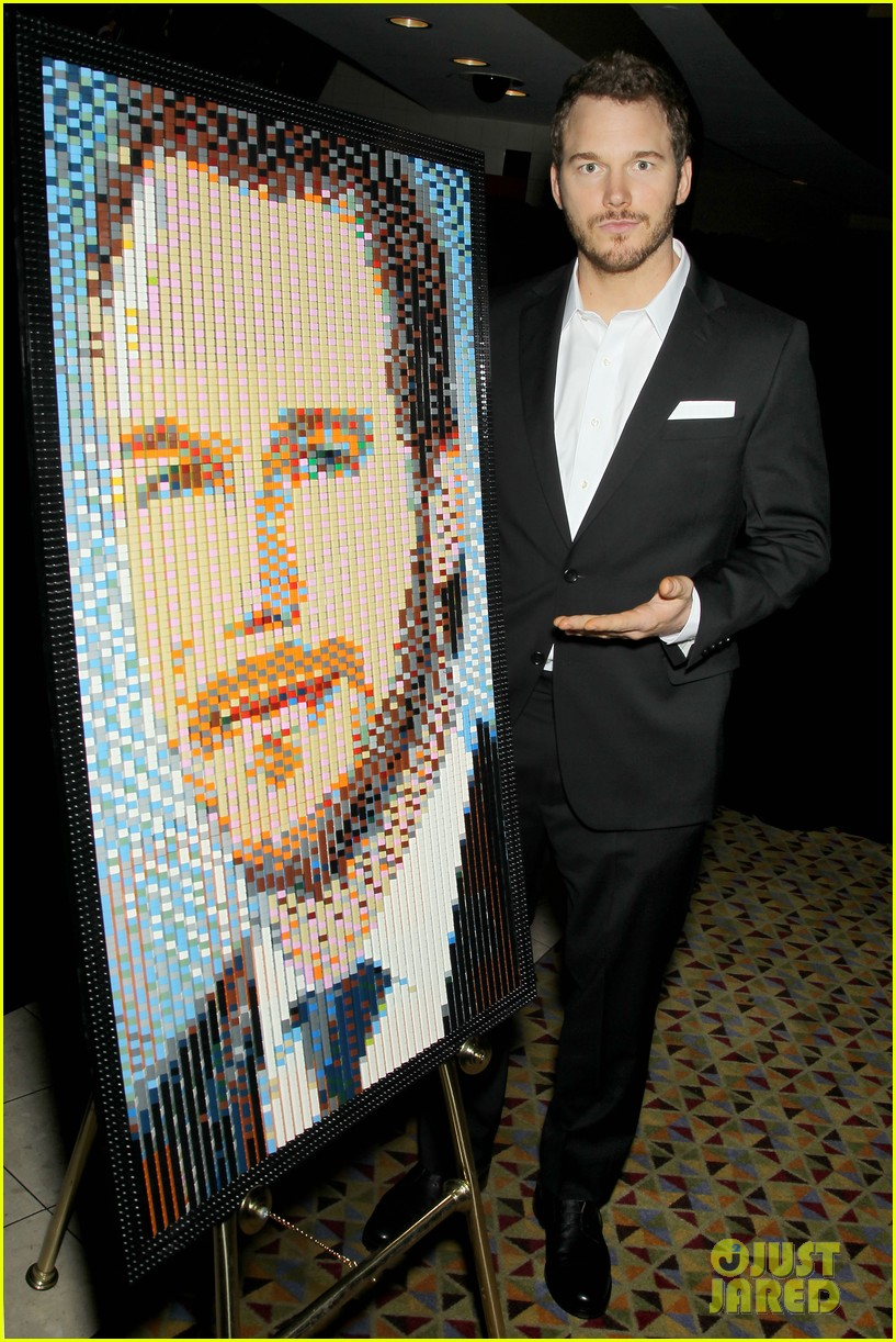elizabeth banks chris pratt lego movie nyc screening 30