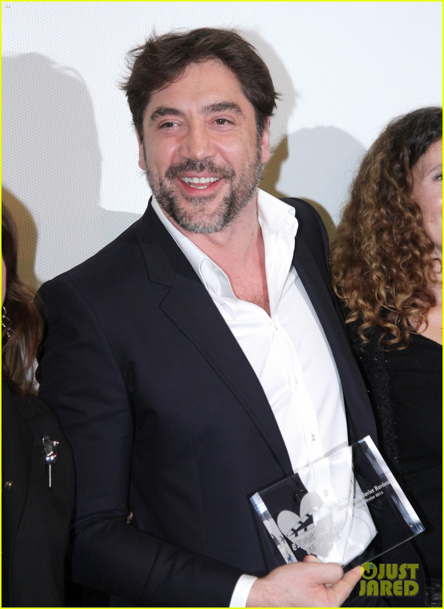 javier bardem sons of the clouds paris premiere 063056121