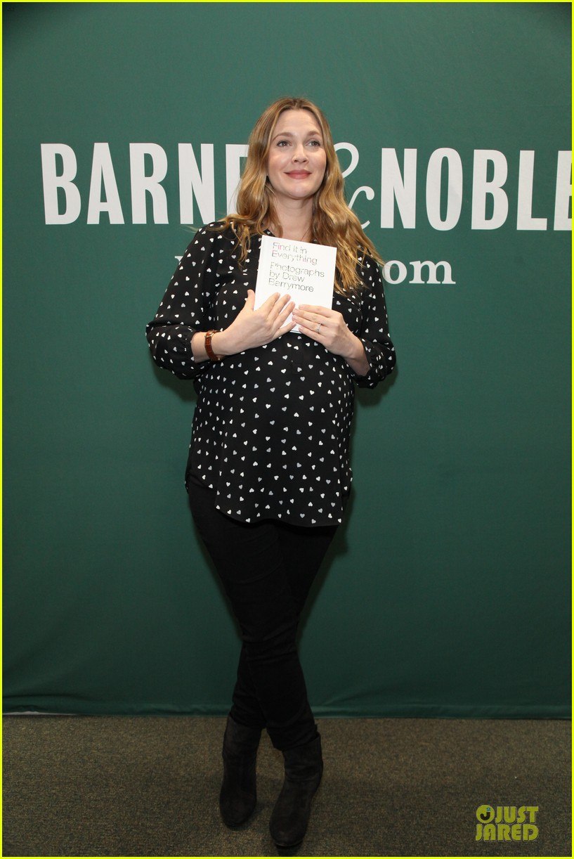 drew barrymore donates jeans to support teens for jeans 013051004