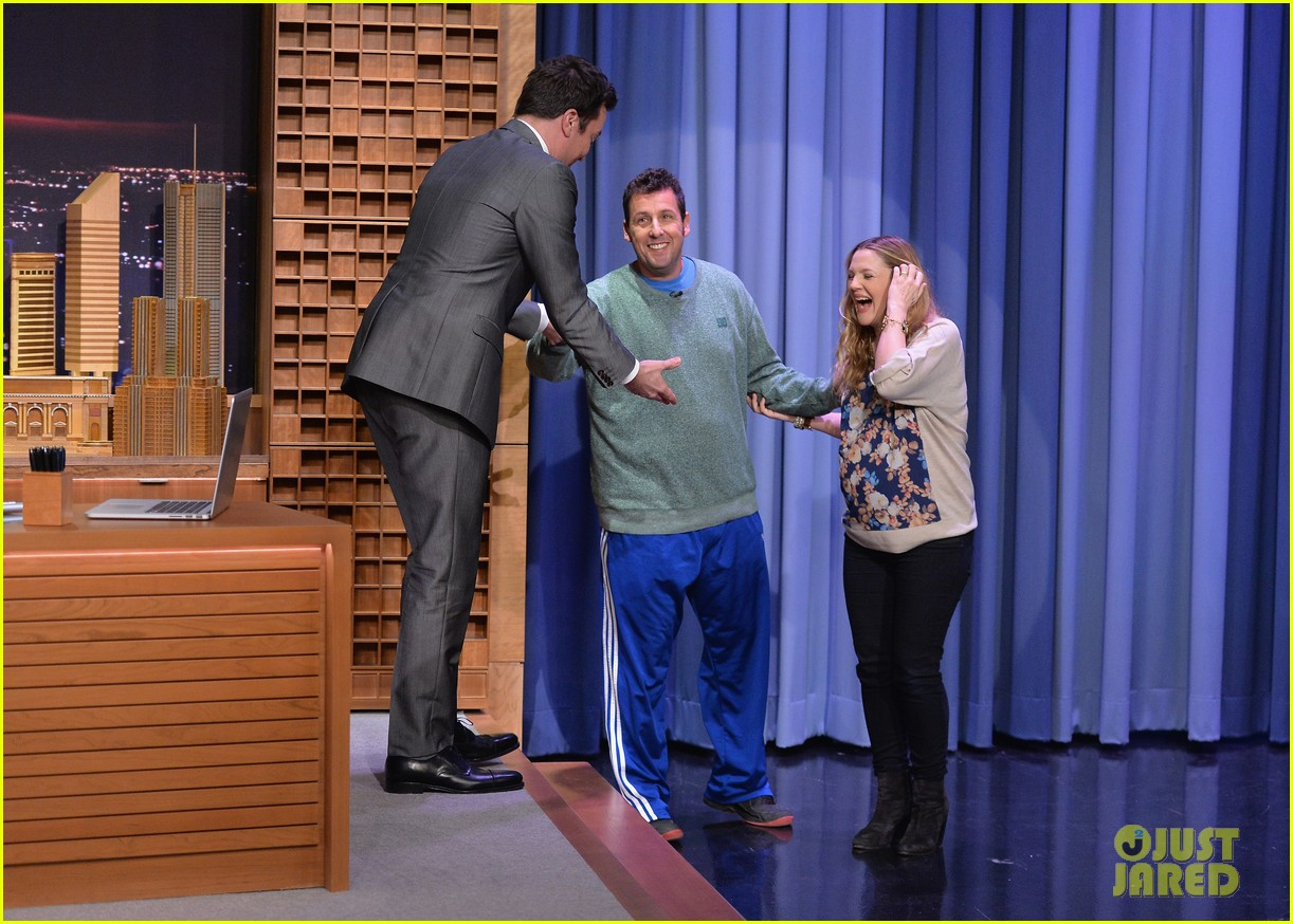 adam sandler sings to pregnant drew barrymore on fallon 09