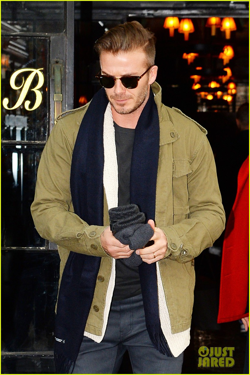 victoria beckham stayed in london while david attended super bowl 2014 06