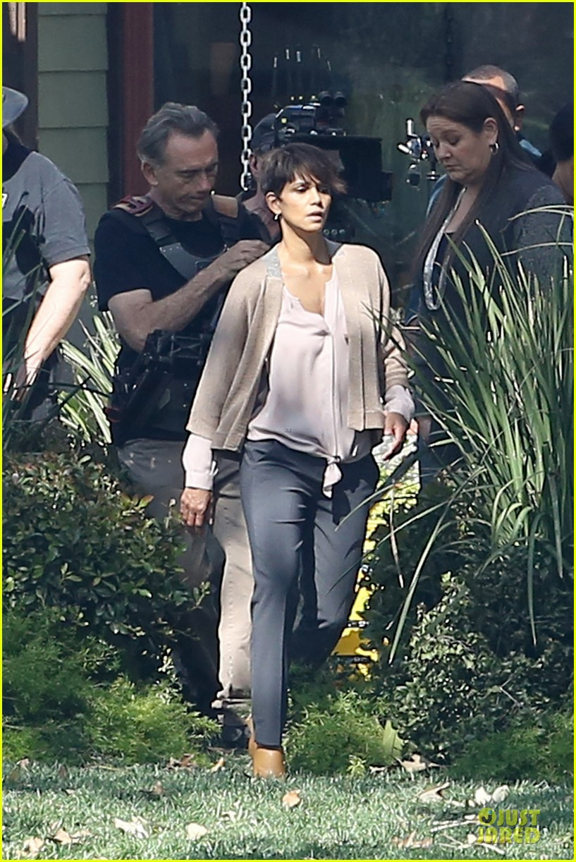 halle berry spends valentines day filming extant with goran visnjic 01
