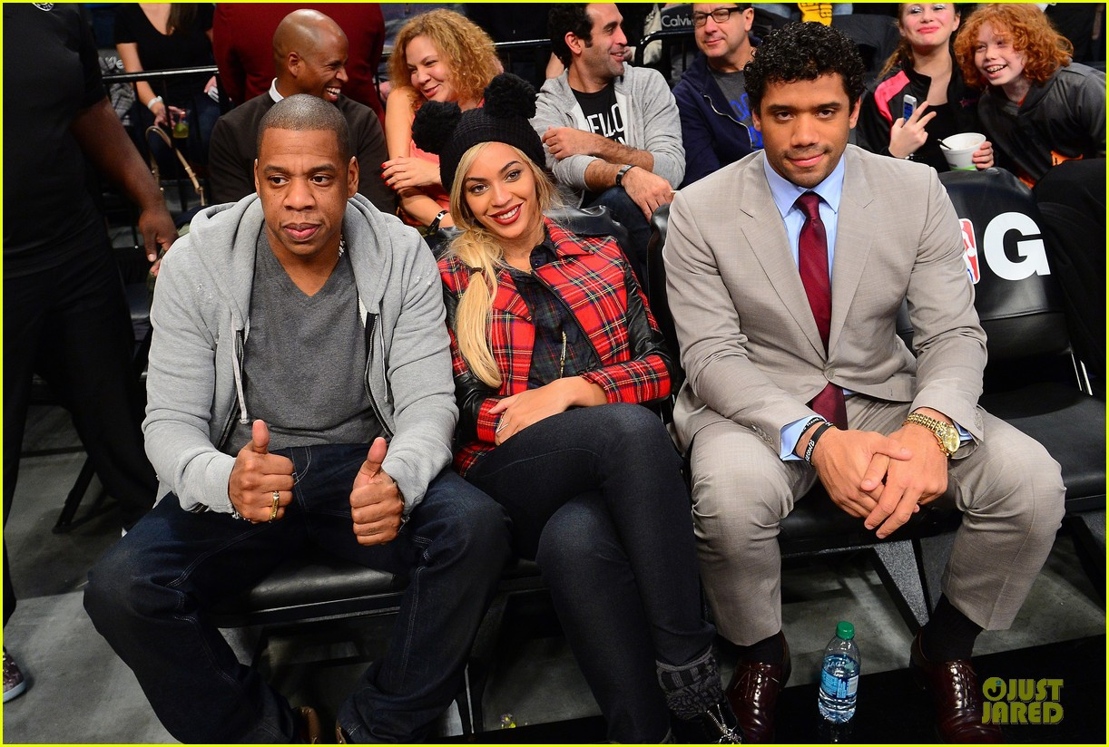 beyonce jay z brooklyn nets game with super bowl champion russell wilson 033047289