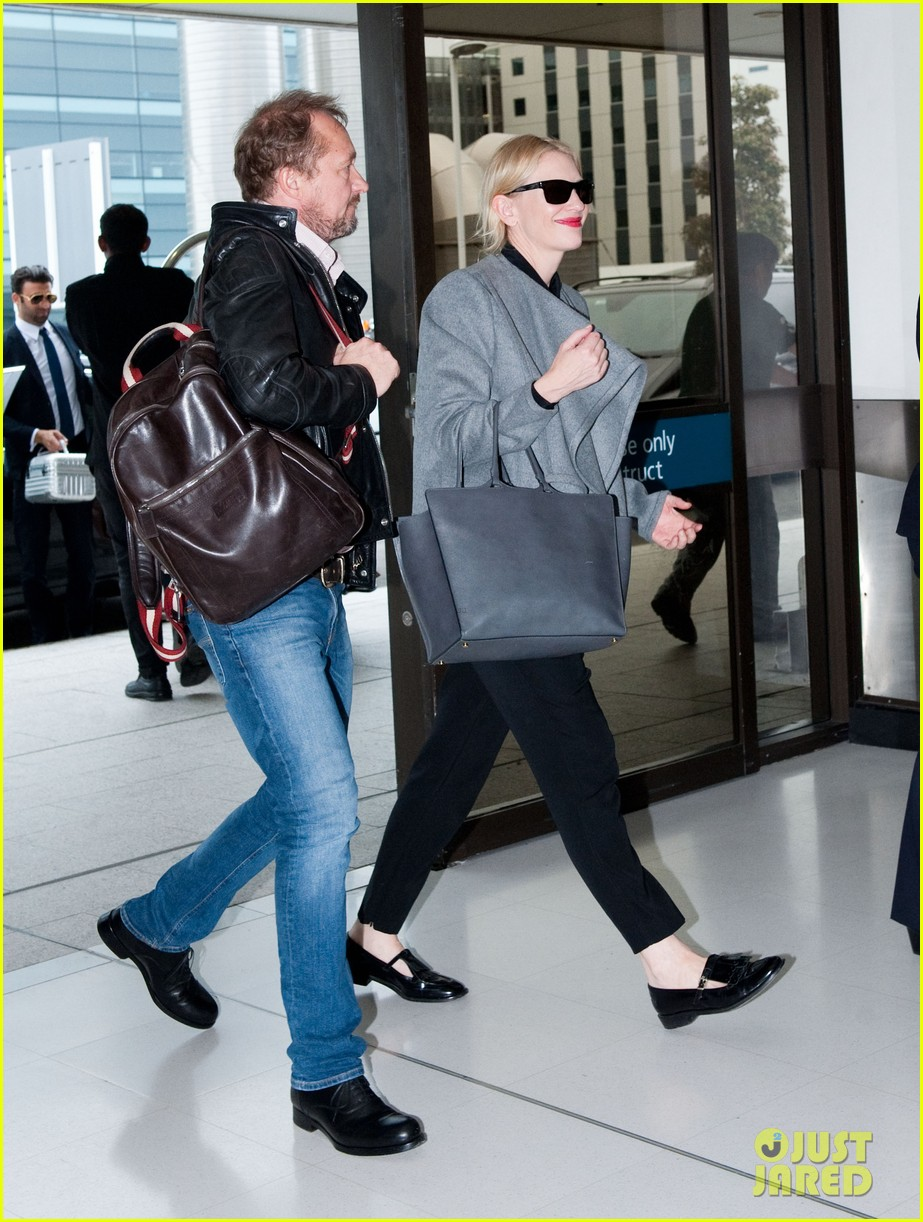 cate blanchett flies out of sydney en route to the oscars 2014 03