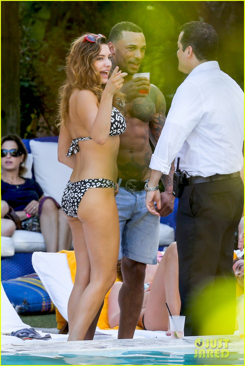 kelly brook bikini babe with macho boyfriend david mcintosh 13