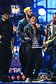bruno mars performs treasure at brit awards 2014 video 08