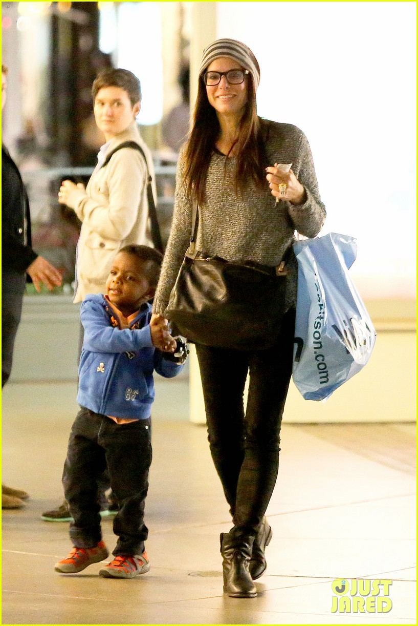 sandra bullock takes louis to see the lego movie 093050586