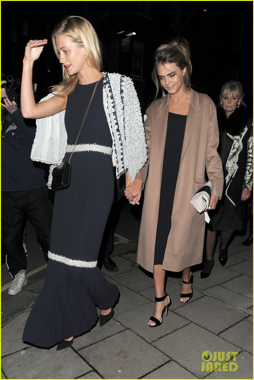 cara delevingne celebrates sister chloes wonderful wedding day 07