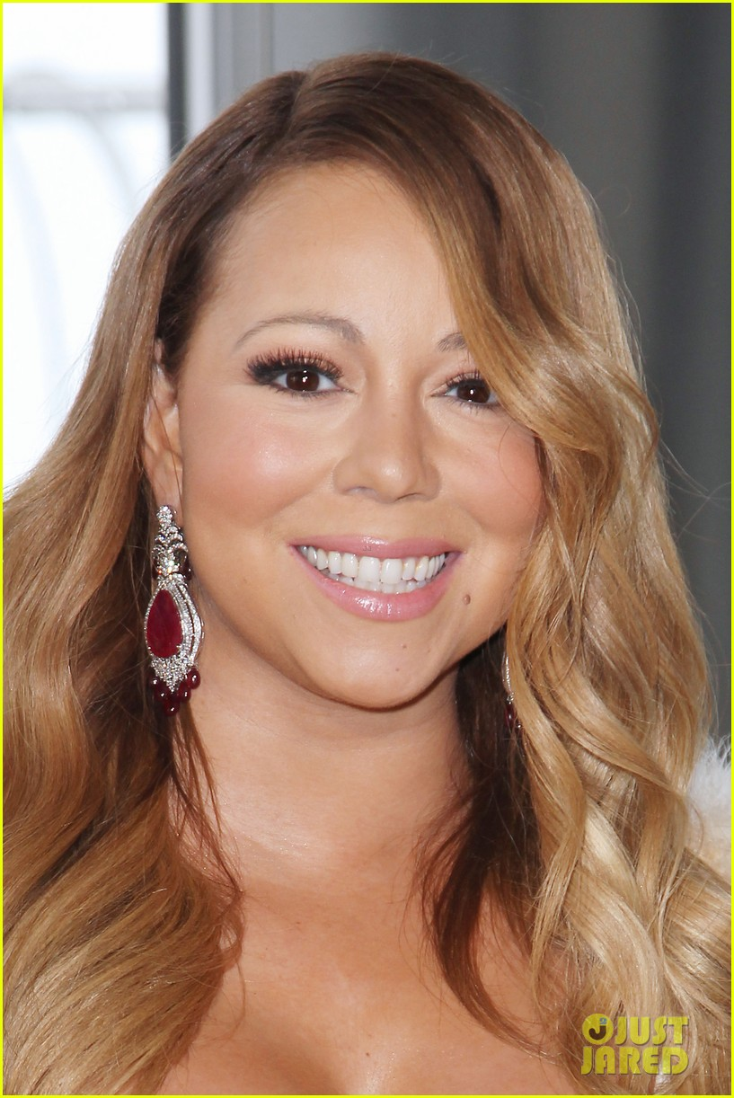 mariah carey lights empire state building for valentines day wedding event 13