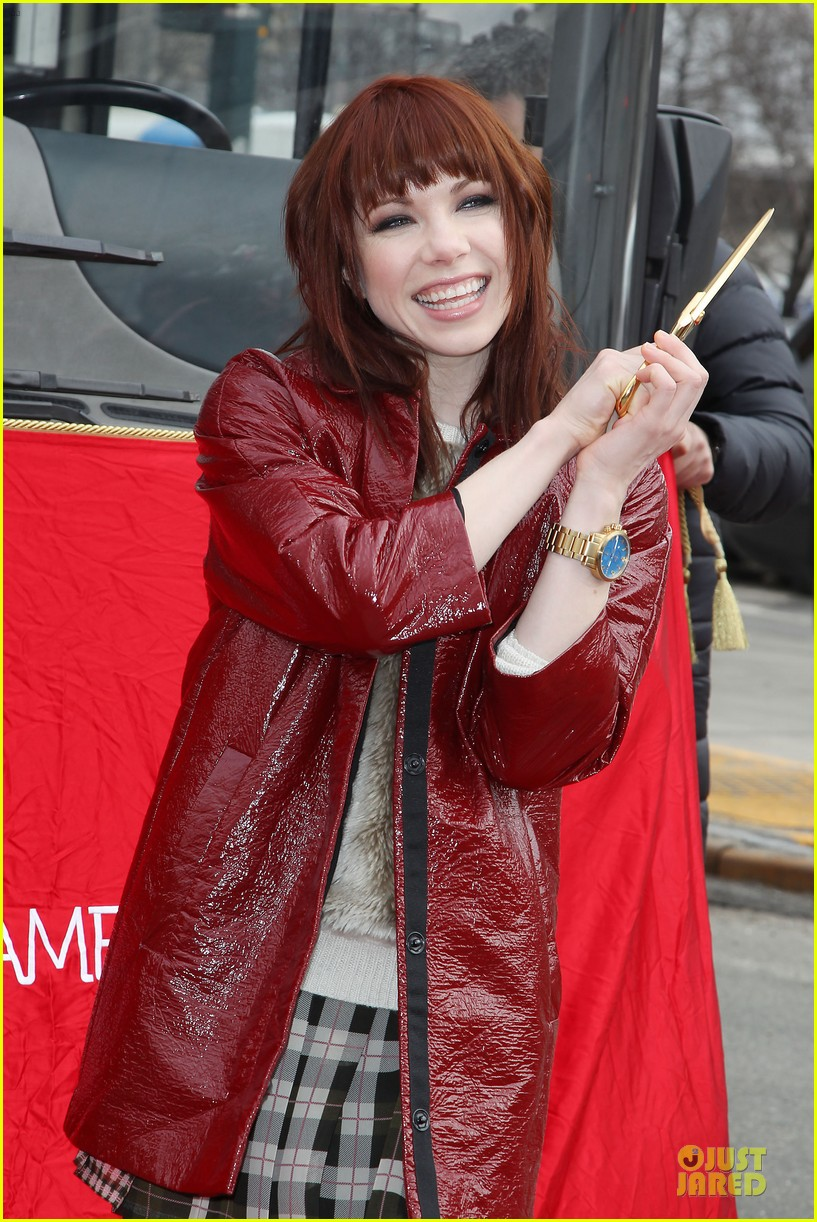 carly rae jepsen honoree at gray line ride of fame event 11