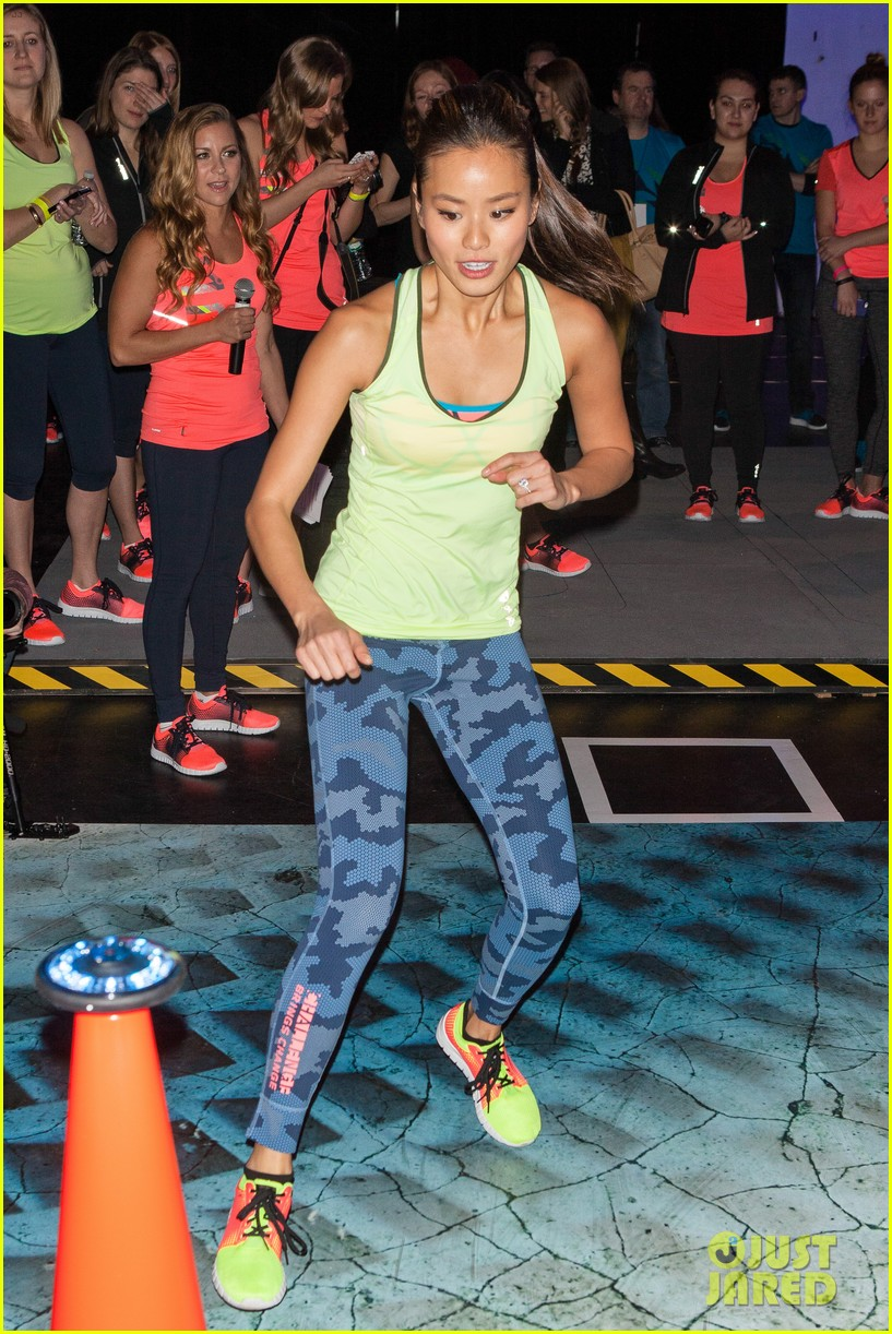 jamie chung flexes her muscles while testing reebok shoes 173048185
