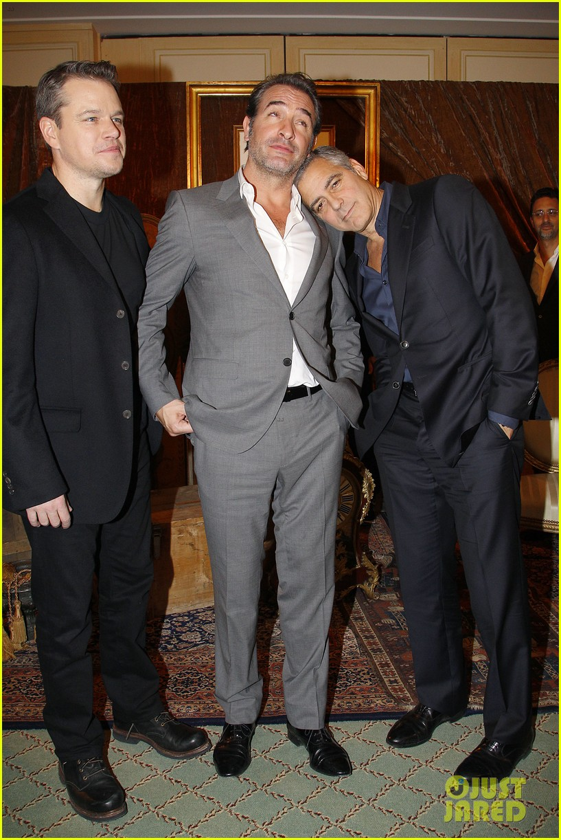 george clooney matt damon bring monuments to paris 22