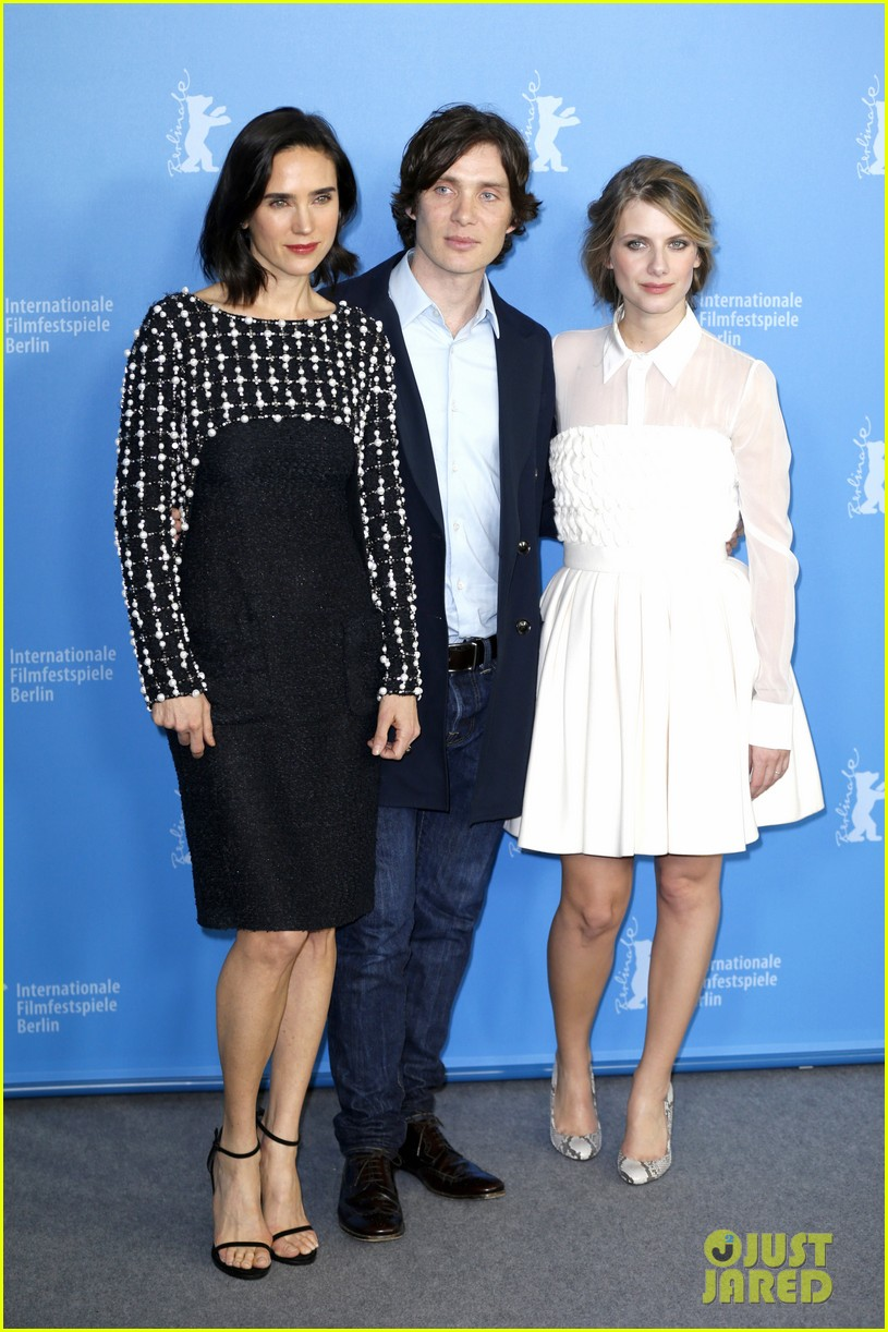 jennifer connelly melanie laurent aloft photo call 01