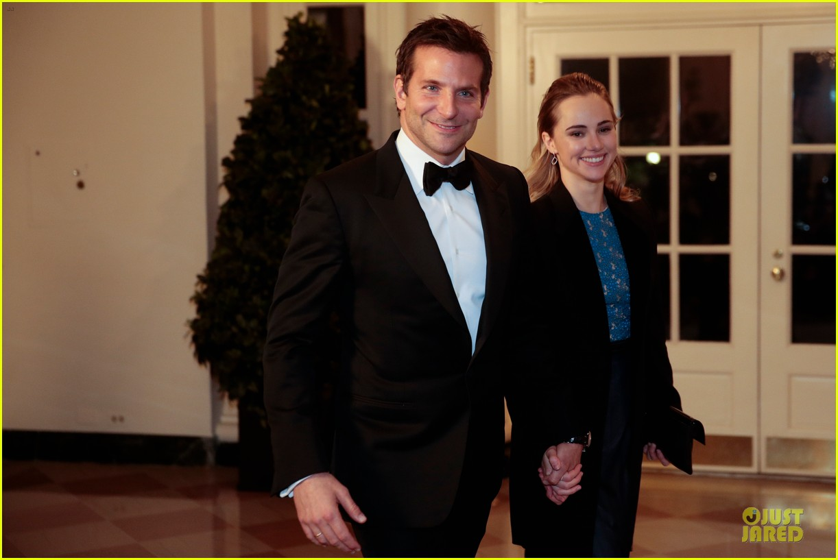 bradley cooper suki waterhouse hold hands at white house dinner 06