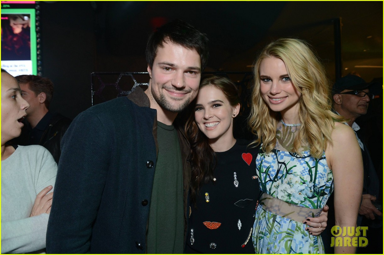 zoey deutch iggy azelea vampire academy party 183047389