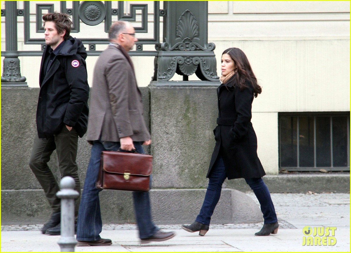 america ferrera goes sightseeing in berlin with her husband 05