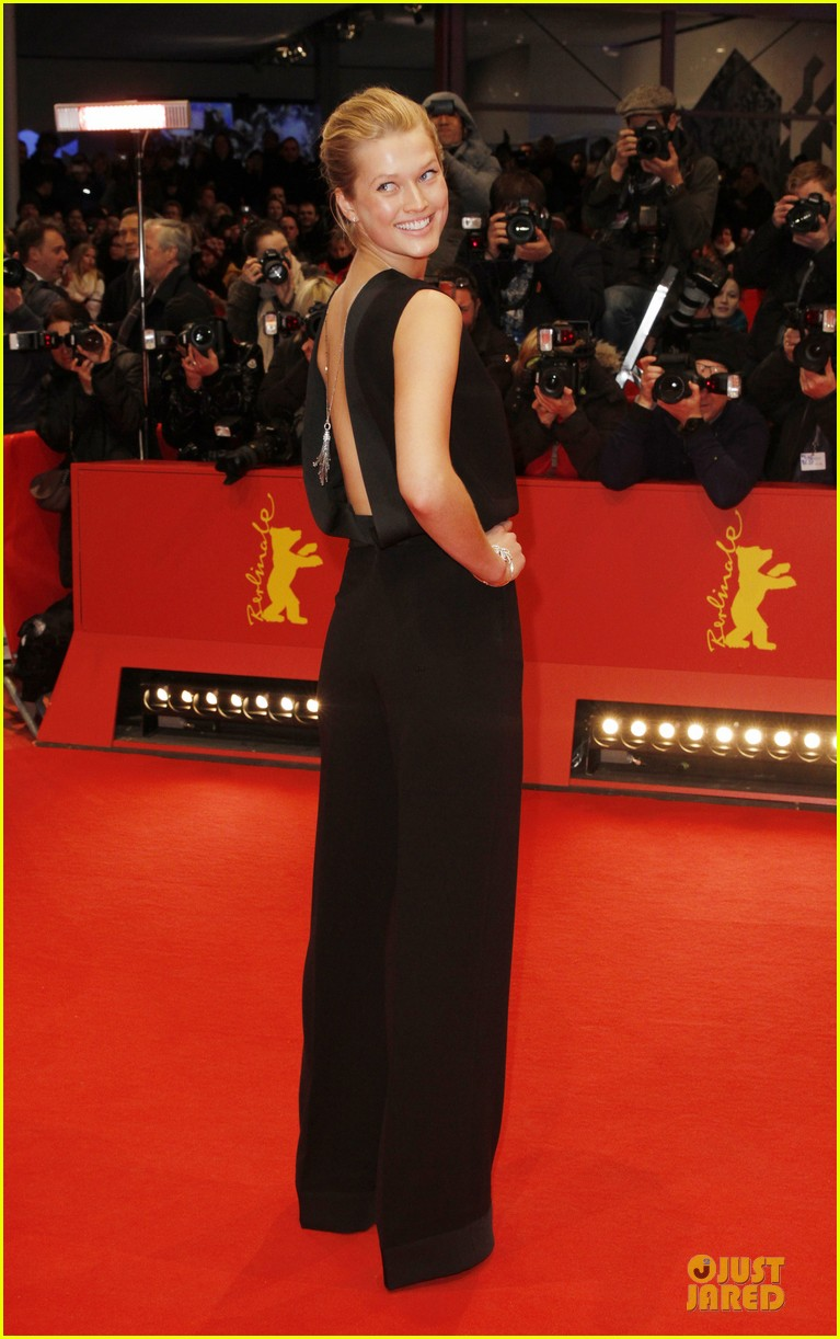 toni garrn bares back at monuments men berlinale premiere 073049789