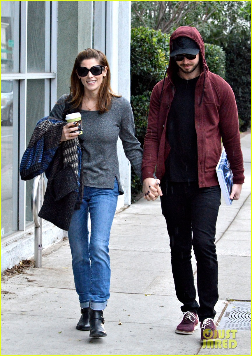 ashley greene paul khoury look in love while shopping 073049131