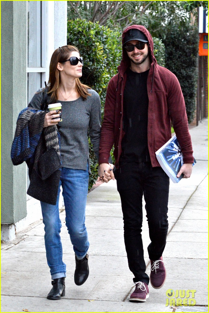 ashley greene paul khoury look in love while shopping 08