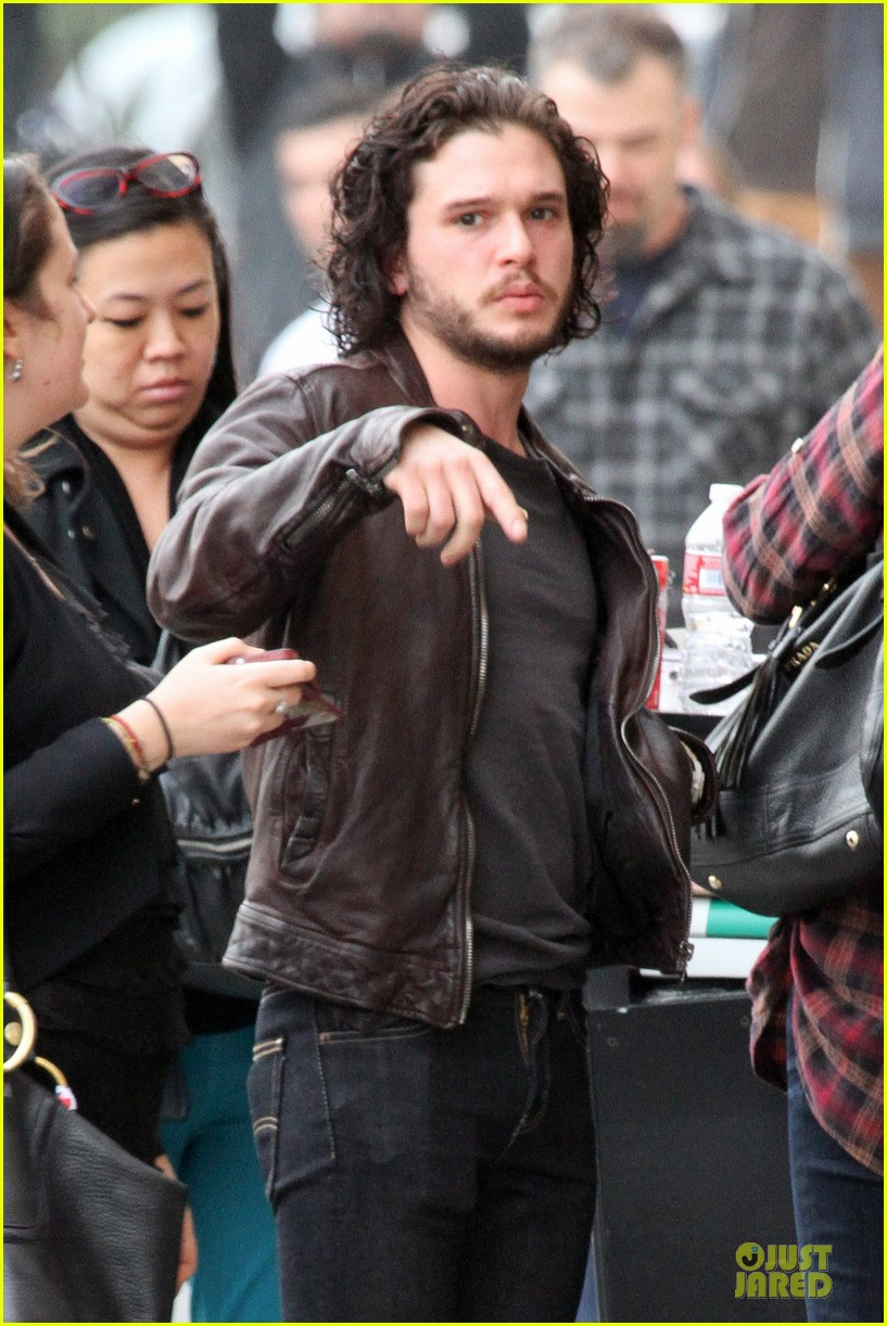 kit harington i never expected to be an action hero 04