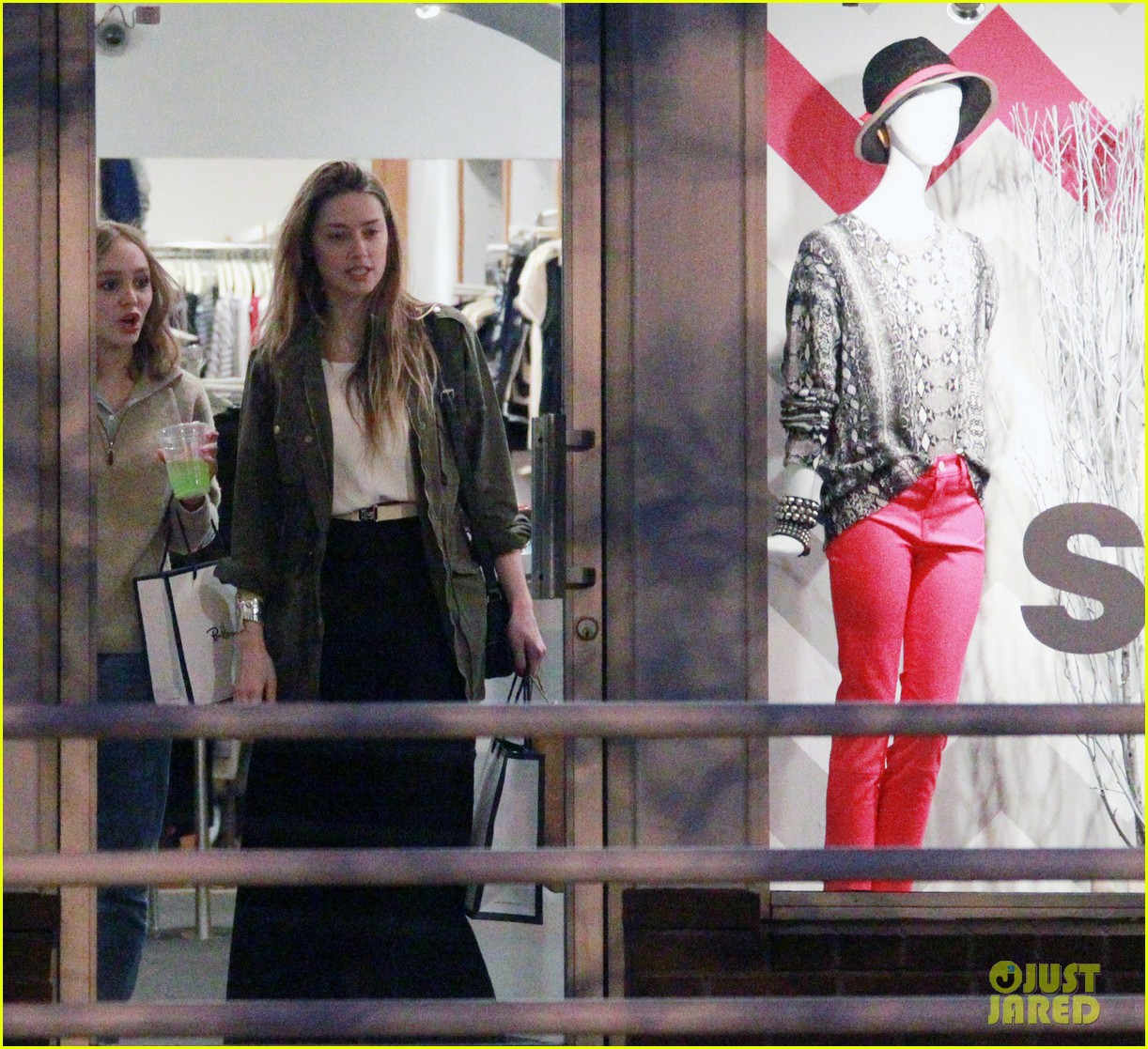 amber heard future step daughter lily rose depp laugh bond while shopping 033046616