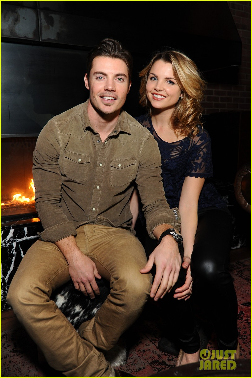 josh henderson hosts dallas season 3 viewing party 03