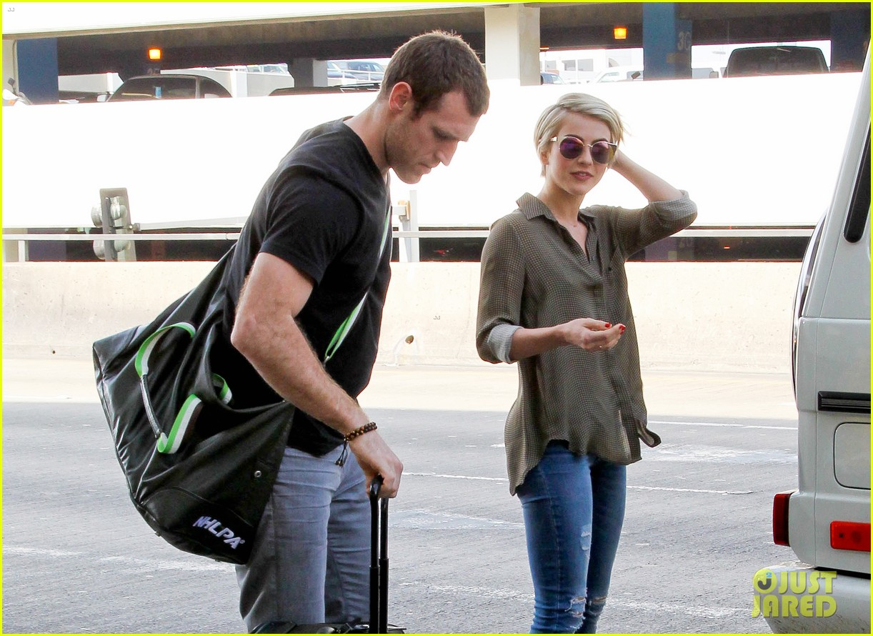julianne hough drops off new boyfriend brooks laich at lax 04