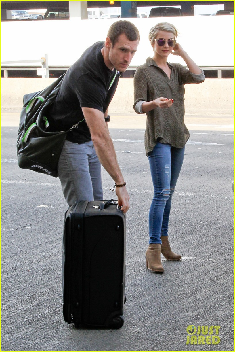 julianne hough drops off new boyfriend brooks laich at lax 07