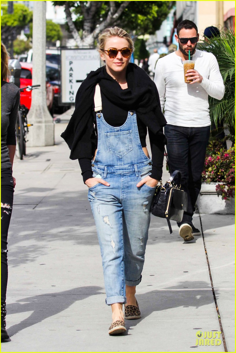 julianne hough sports denim overalls for newsroom brunch 09
