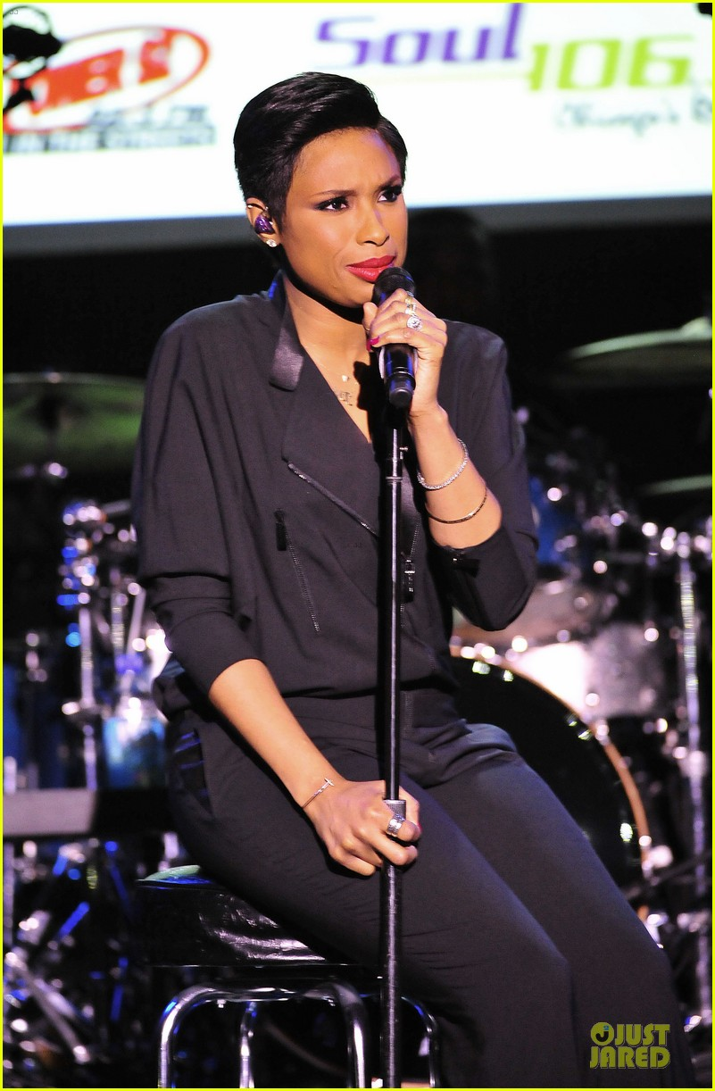 jennifer hudson gives the key for losing weight 033058493