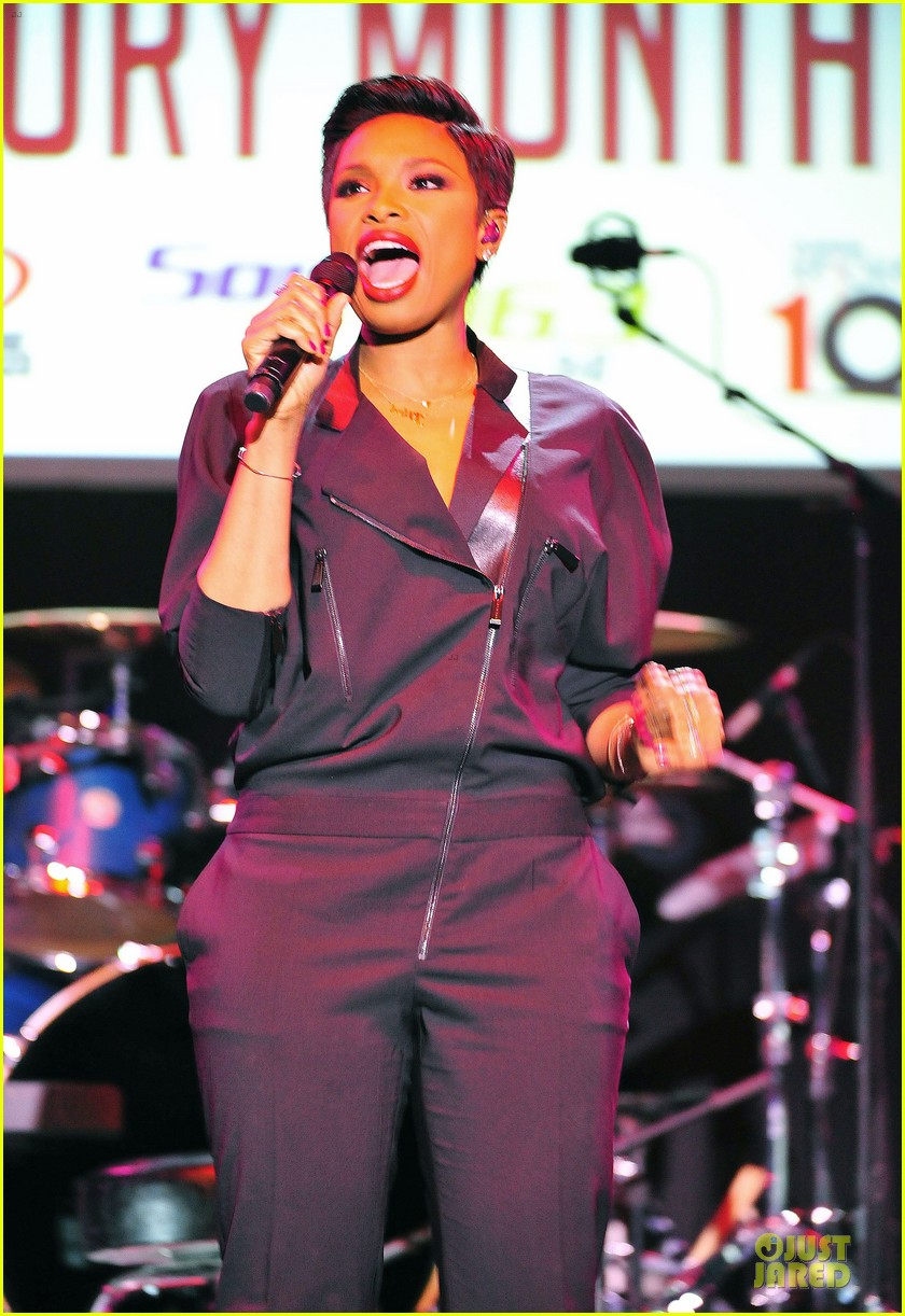 jennifer hudson gives the key for losing weight 05
