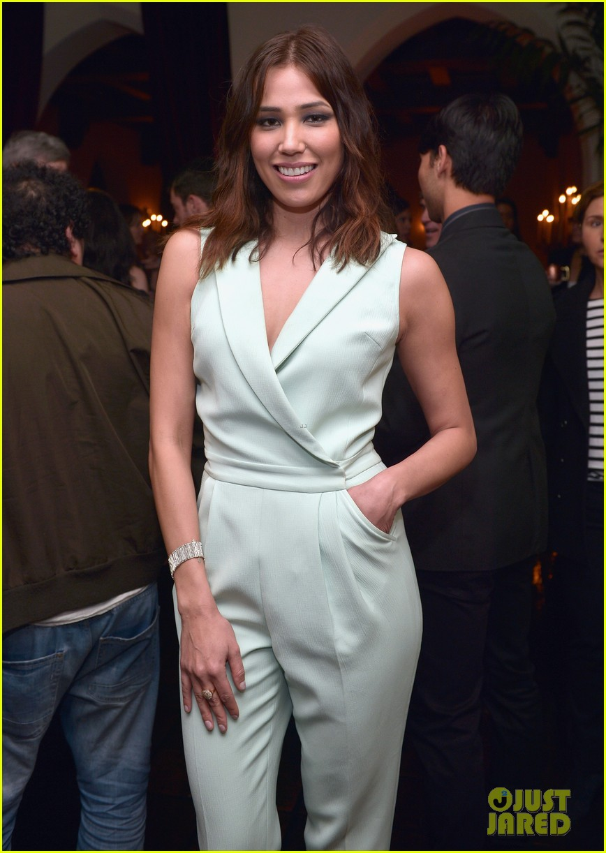 gillian jacobs michaela conlin annie leibovitz book launch 14
