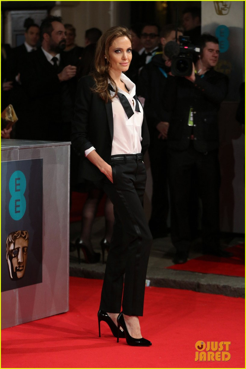 angelina jolie brad pitt 2014 baftas red carpet 01